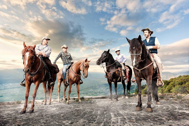 http://mail.glenperotte.com/build/img/home-images/Italian-Horseman.JPG